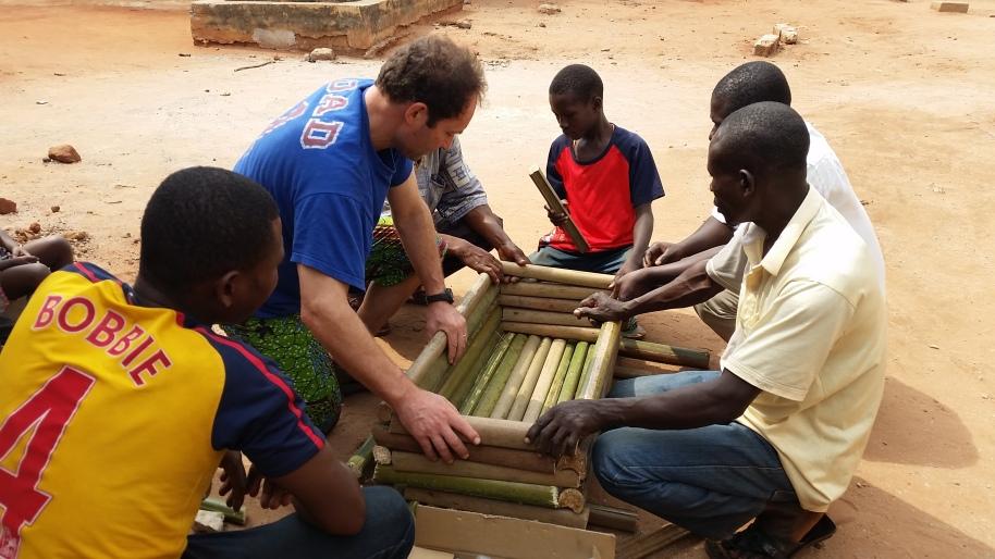 costruzione alveare bamboo